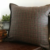PILLOWCASE WOOL CHECKED W/VELVET FRAME - SCOTTISH