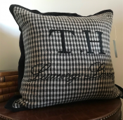 PILLOWCASE BLACK&WHITE WOOL  EMBRODERY - LUXURY LIVING