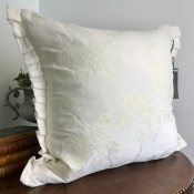 PILLOWCASE WHITE WITH EMBRODERY - PARIS