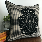 PILLOWCASE BLACK&WHITE WOOL BLACK EMBROIDERED