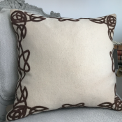 PILLOWCASE HANDMADE OFFWHITE(WOOL)/BROWN - NEW SPIRIT