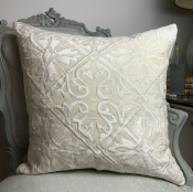 PILLOWCASE WHITE/IVORY VELVET  - QUEEN