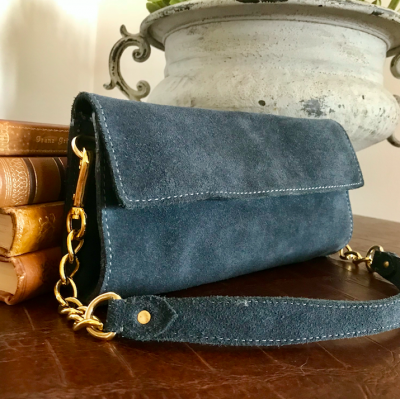 CLUTCH JEANS BLUE - SUEDE - GARBO